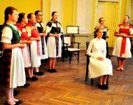 Vystúpenie Folklórneho súboru Briežok - odčepčenie nevesty