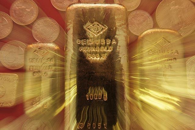 urán polčas datovania