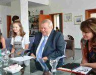 Na snímke Daniela Vargová, Jaroslav Maček a Mária Rehákov