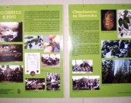 Na snímke informačné plagáty