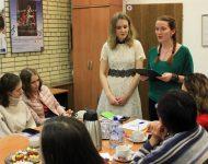 Na snímke študentka Moskovskej štátnej univerzity M. V. Lomonosova (MGU) M. Sidenko recituje básne slovenských poetov