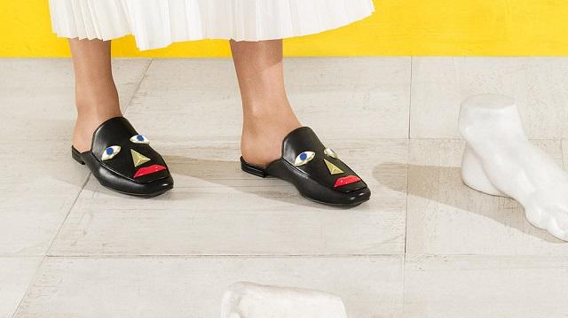 9270c0daa4f9 Rasizmus alebo len škaredé topánky  Nová obuv od Katy Perry vyvoláva ...