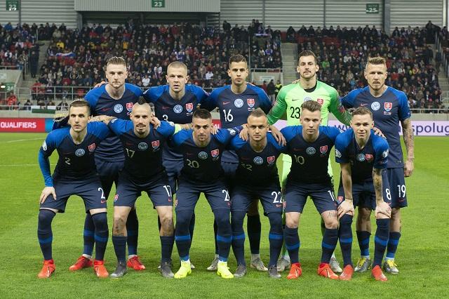 738d9d3b26875 Slováci v rebríčku FIFA klesli na 32. miesto, lídrami naďalej ...