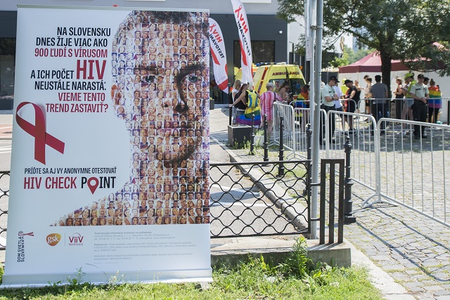 HIV pozitívne pripojiť stránky