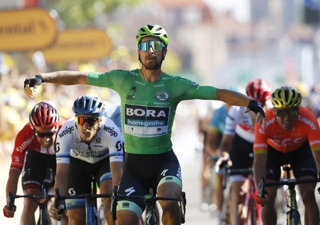 3fbd0344248a9 Famózny Sagan víťazom 5. etapy, celkovo už má 12 triumfov na Tour de ...