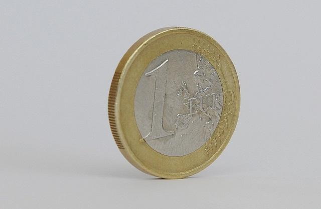 peniaze eurá minca jednoeurovka