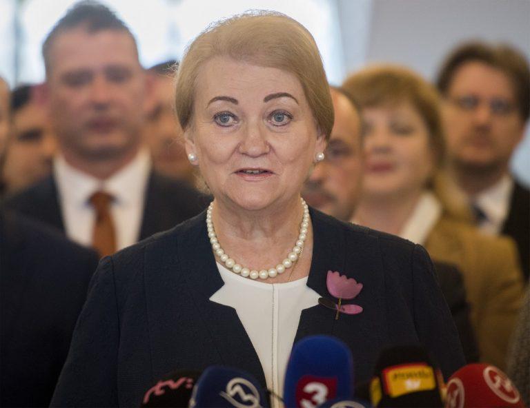 Anna Záborská, pomoc, ženy, tehotenstvo