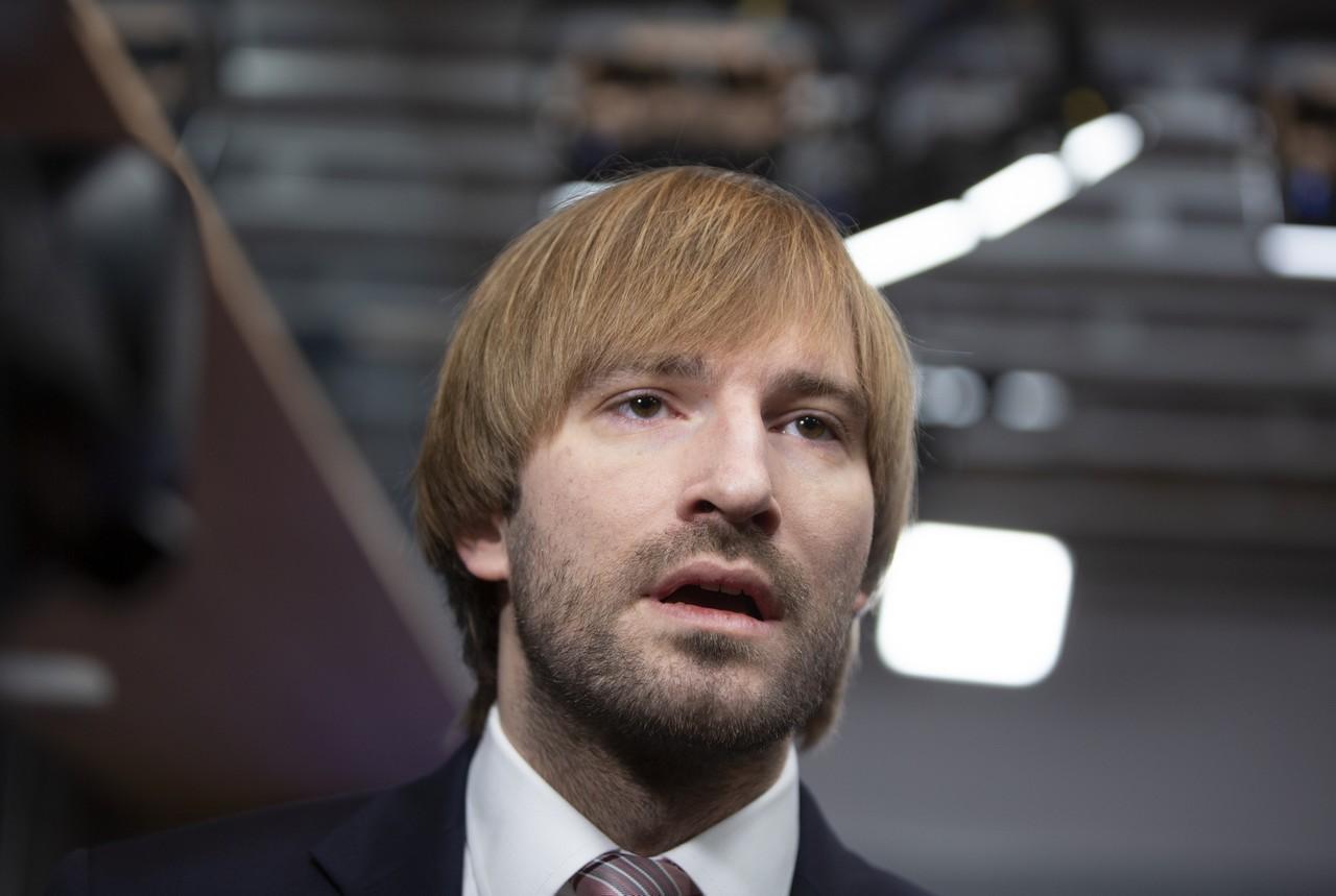Adam Vojtěch, minister, rúška