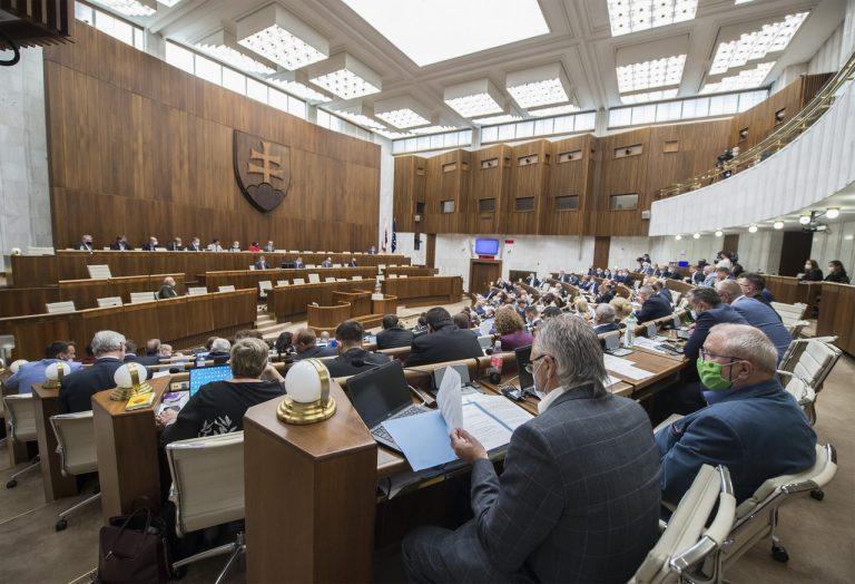 parlament, poslanci, rokovanie