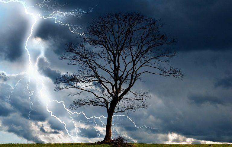 búrka blesk