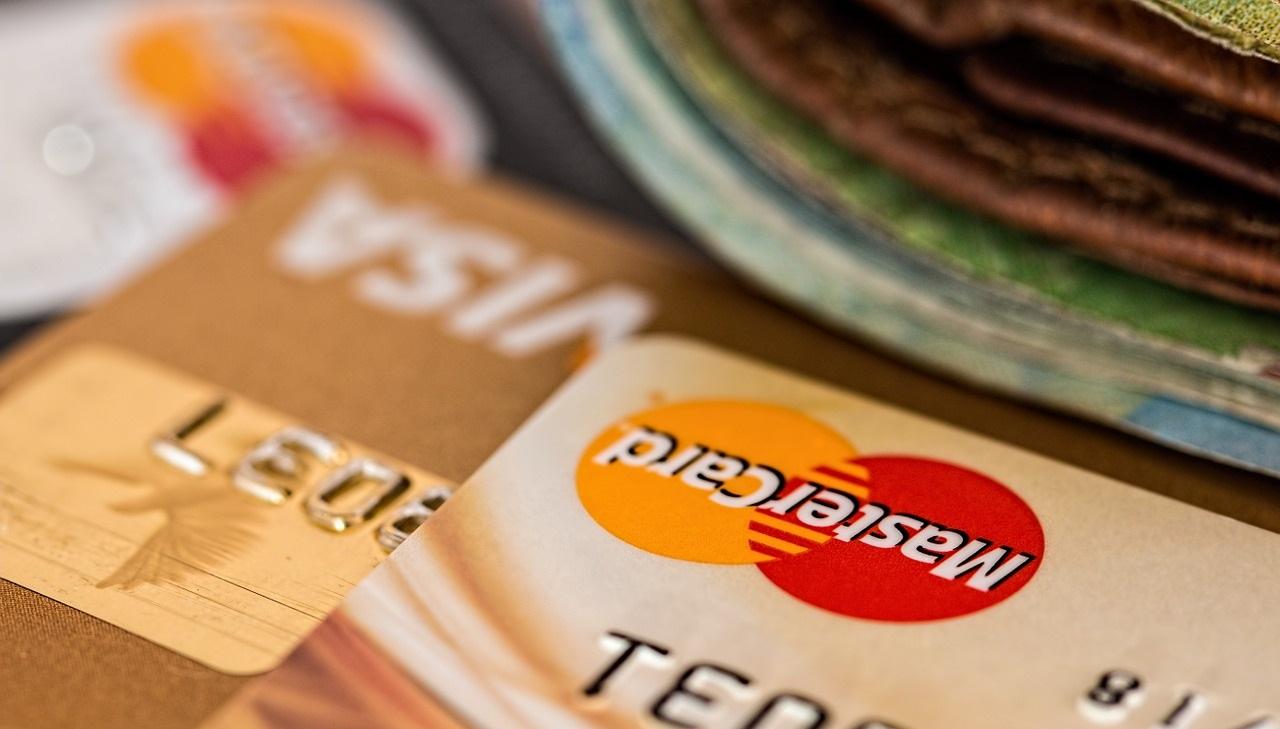 platovná karta, karty, platba, peniaze, bankovky