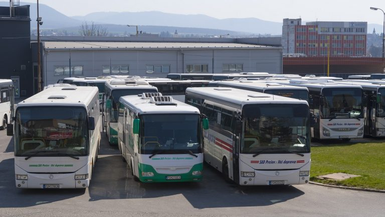 autobusy autobusová stanica SAD