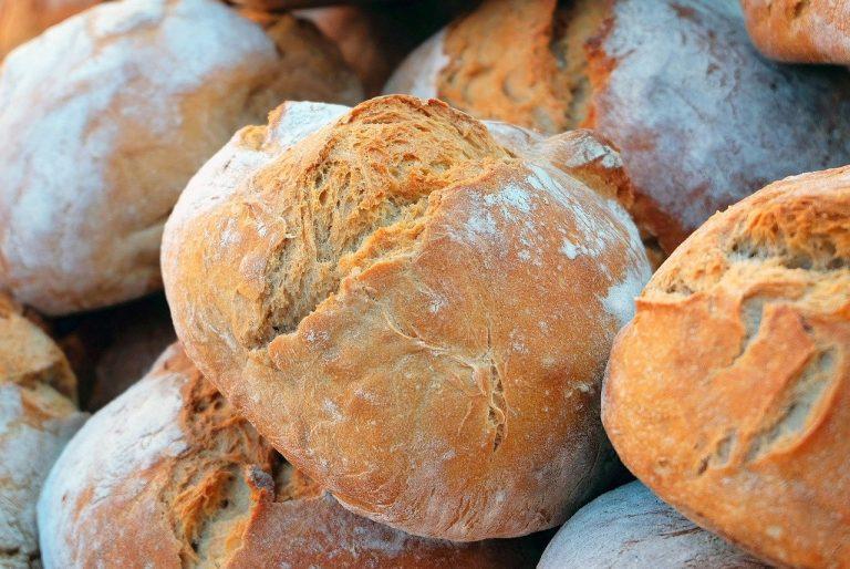 chlieb potraviny pečivo