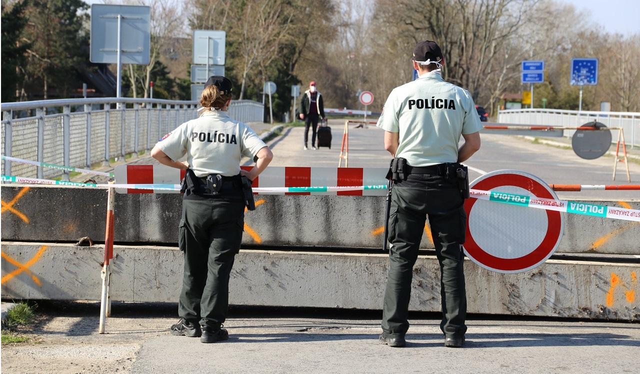 Polícia SR hraničný priechod