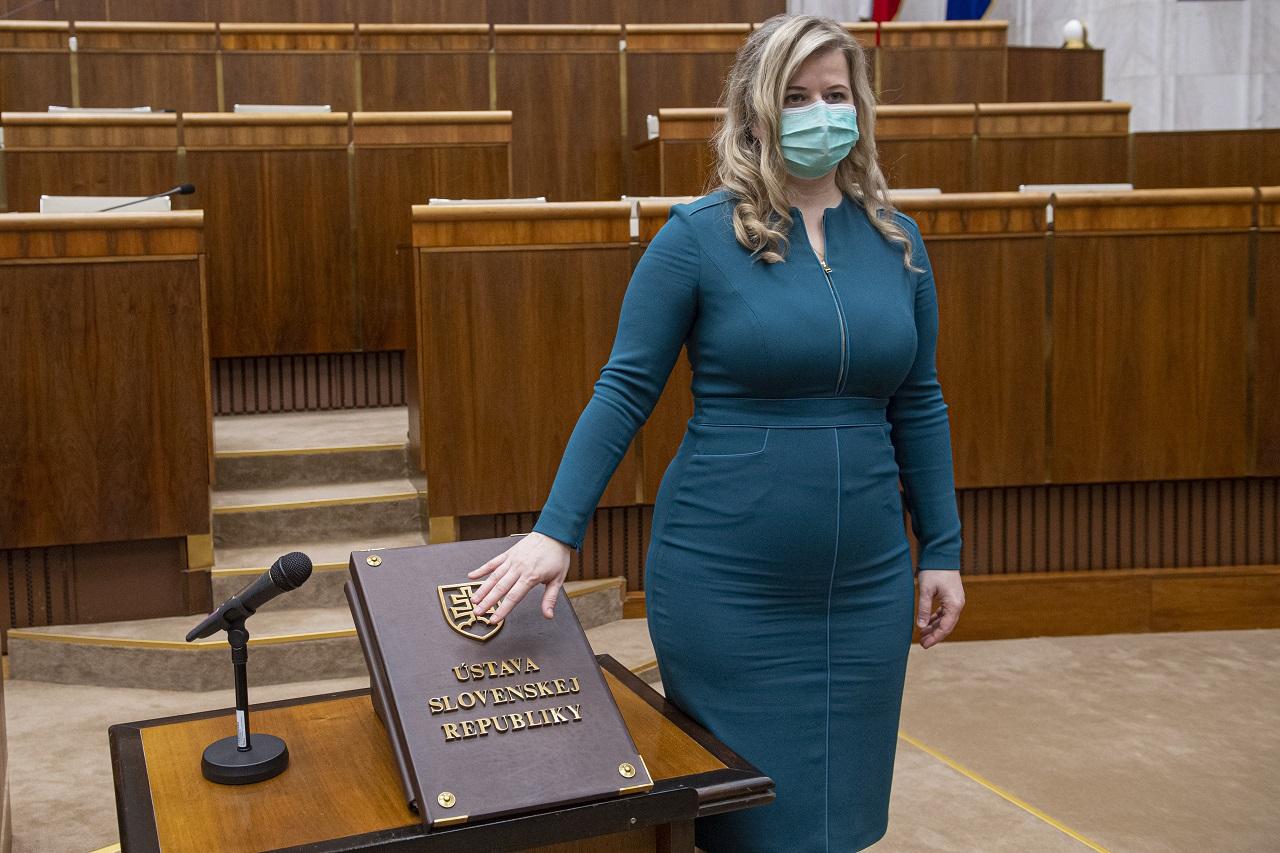 poslankyňa Anna Andrejuvová OľaNO Slovensko poslanecký s¾ub skladanie