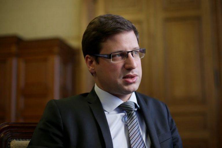 Gergely Gulyas, Maďarsko, vláda