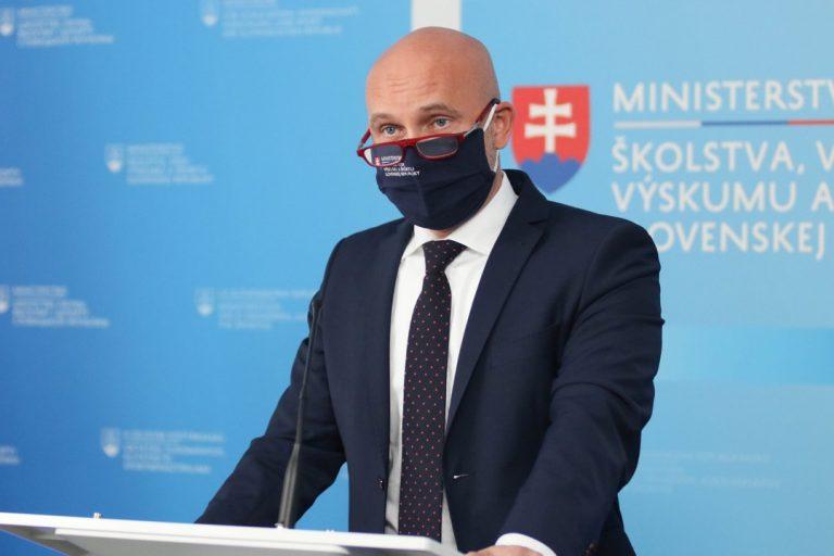 Branislav Gröhling, minister, školstvo, škola v prírode