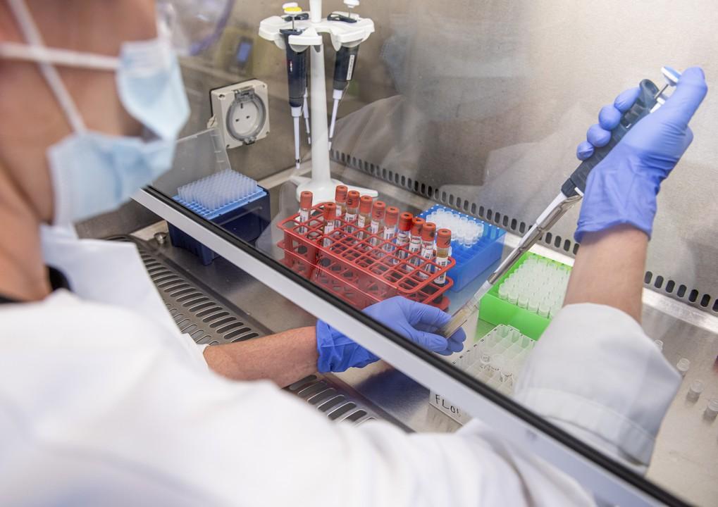 koronavírus, testy, príznaky