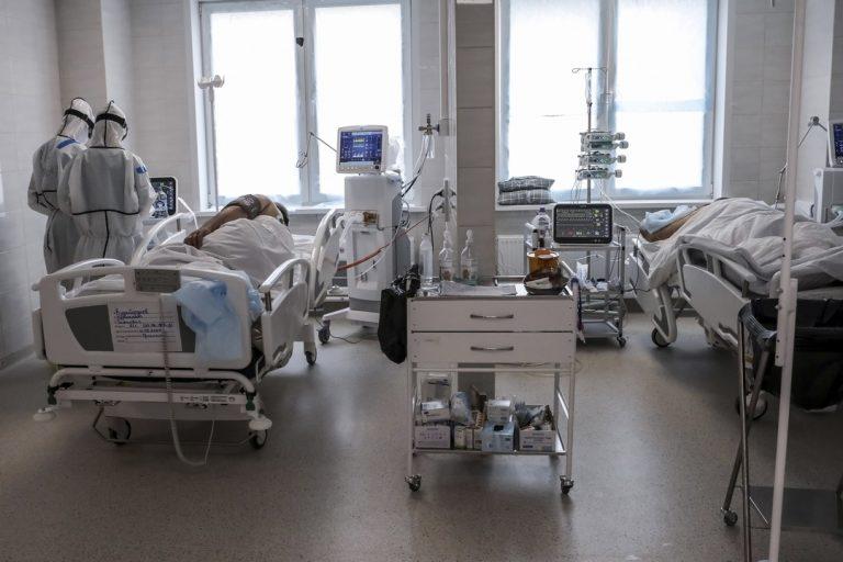 nemocnice, pracovníci, Covid-19