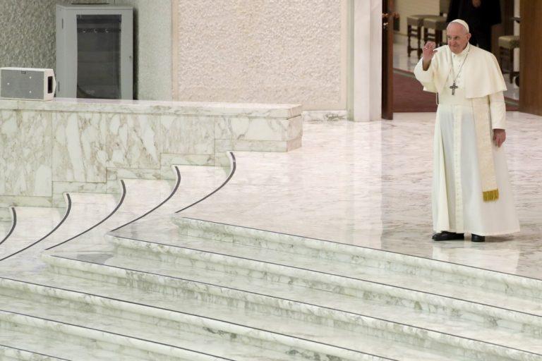 pápež František, pracovník, Covid-19