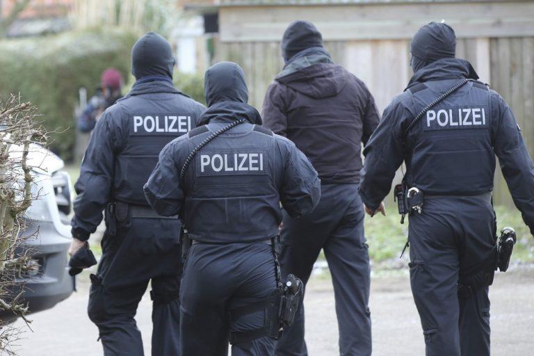 útok, polícia, Nemecko, vyšetrovanie
