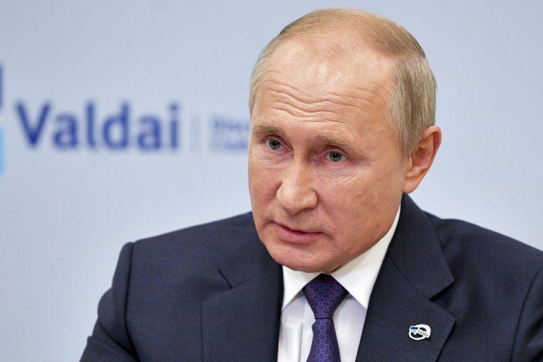 Vladimir Putin, Rusko, preident