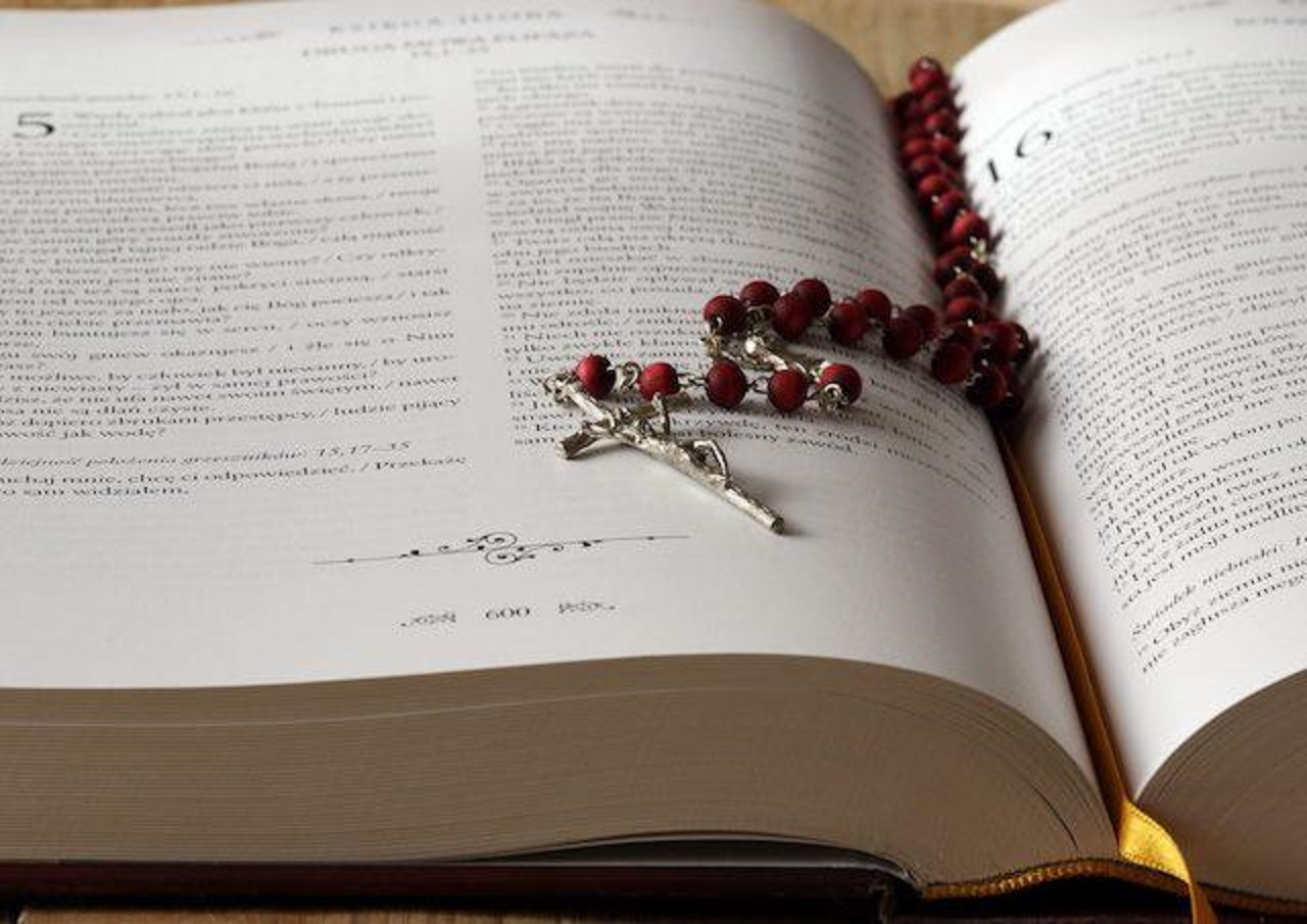 ruženec, biblia