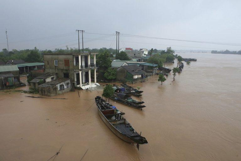 Silné búrky vo Vietname