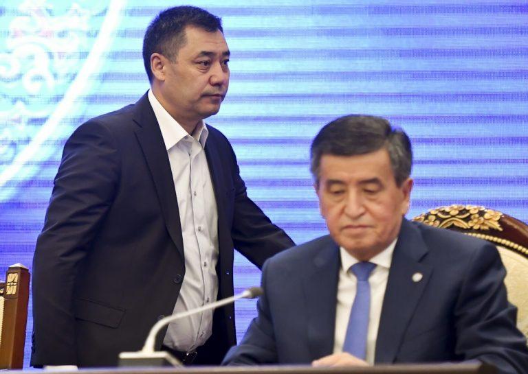 kirgizský prezident Sooronbaj Žeenbekov premiér Sadyr Žaparov