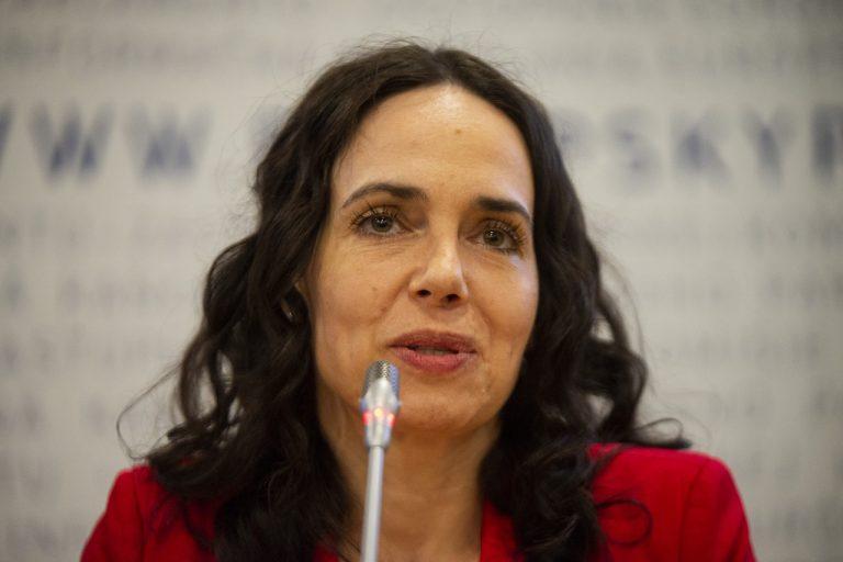Miriam Lexmann diskusia Volebná noc – Vo¾by do Európskeho parlamentu v Európskom informaènom centre v Bratislave