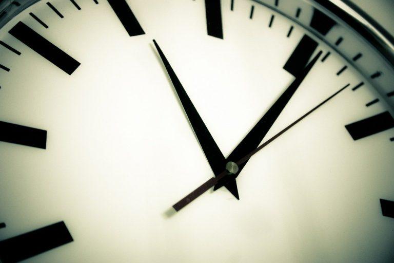 hodiny, kurzarbeit