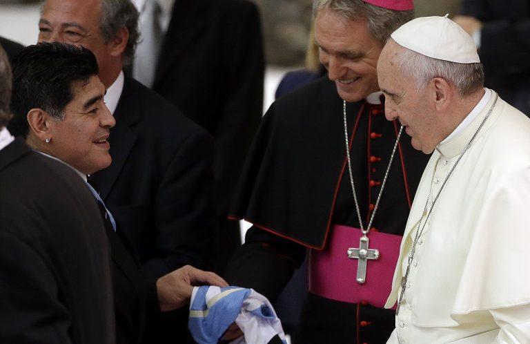 Diego Armando Maradona, pápaž František