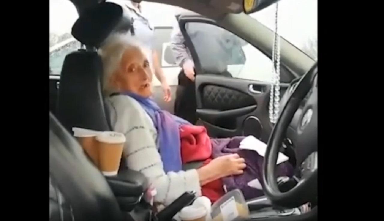 matka zatknutej