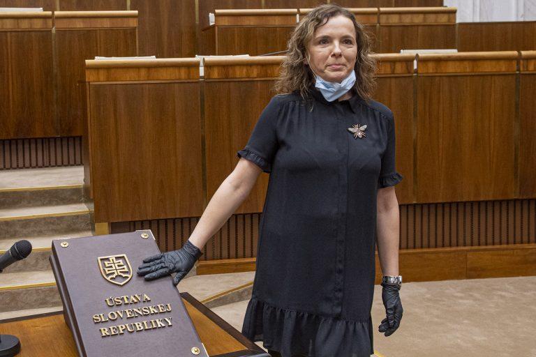 poslankyňa Zuzana Šebová Sme rodina