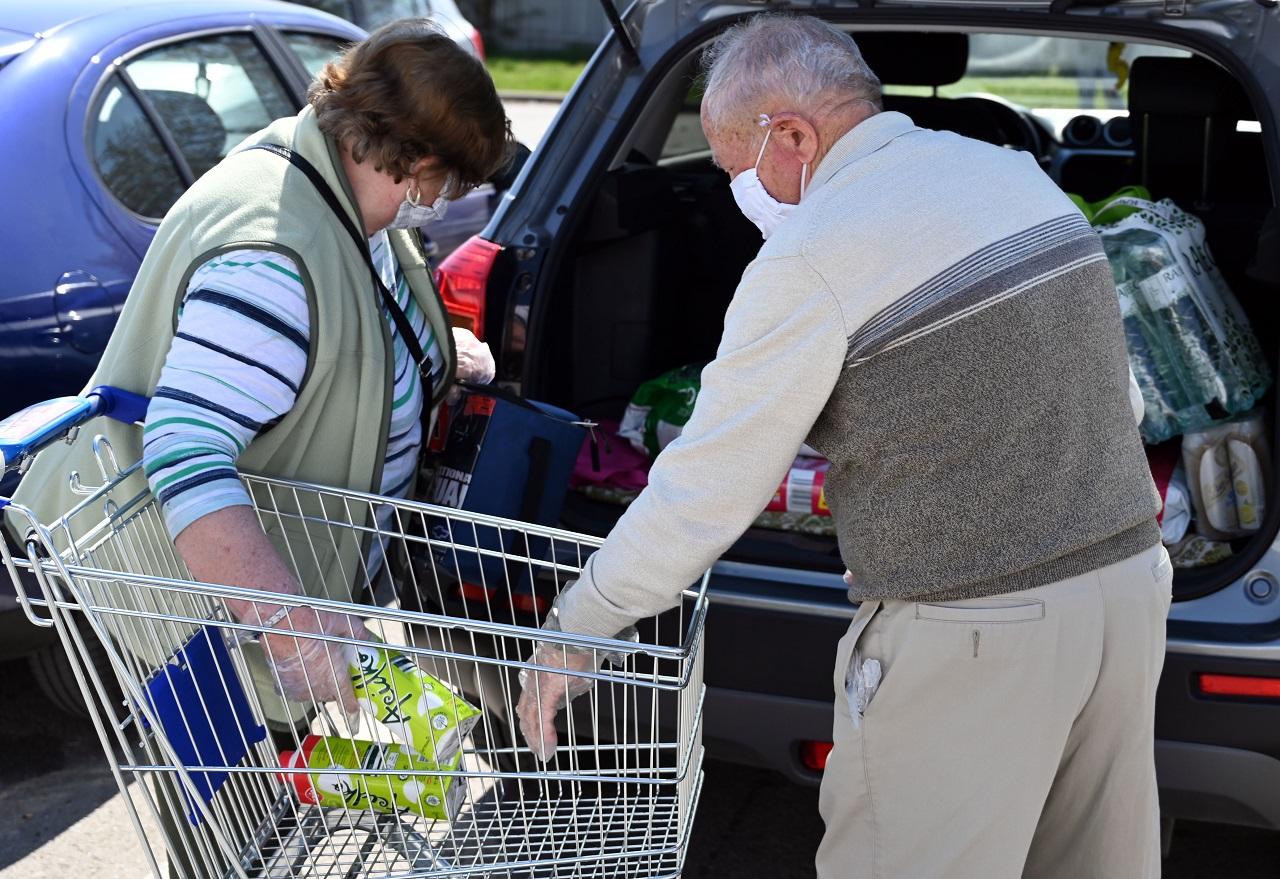 Seniori nakupujú vo vyhradenom čase