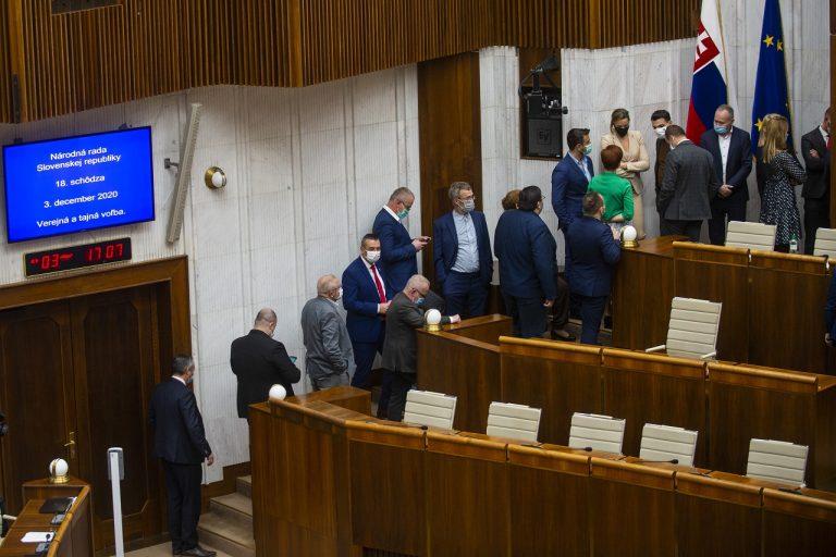 Poslanci volia kandidáta na generálneho prokurátora