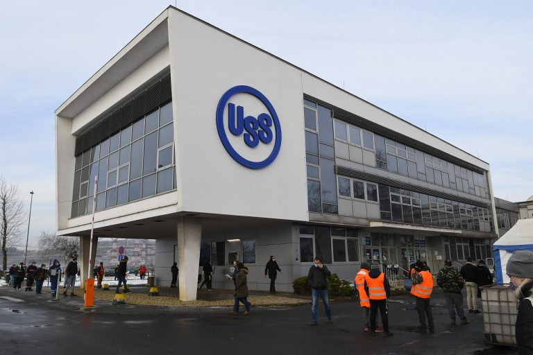 testovanie v areáli U. S. Steel Košice