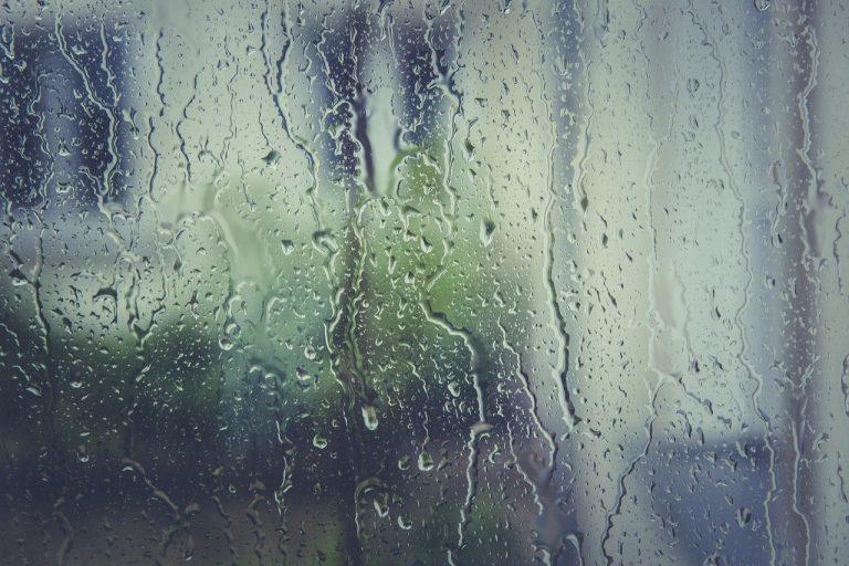dážď, dážďové kvapky