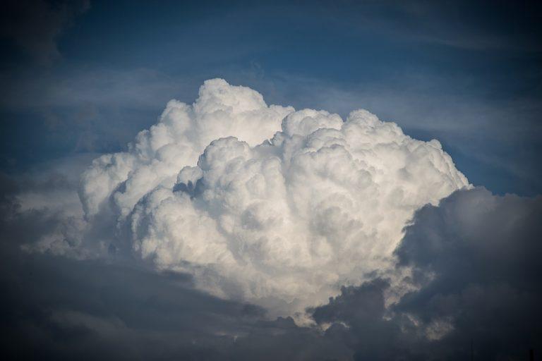 oblačno, zamračené, mraky