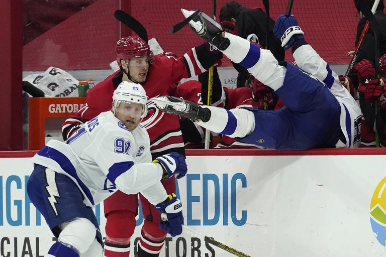Carolina Hurricanes - Tampa Bay Lightning