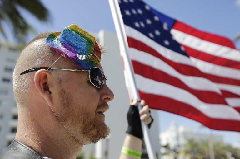 USA homosexuáli pochod dúhový pride