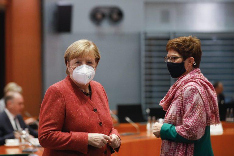 Merkel a Karrenbauer
