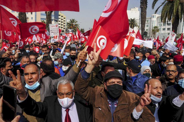 Tunisko protesty