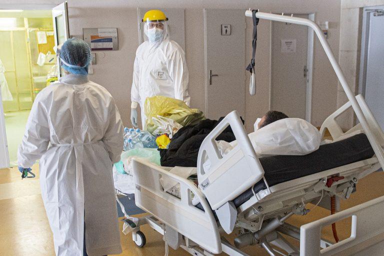 pacient nemocnica lekár covid korona