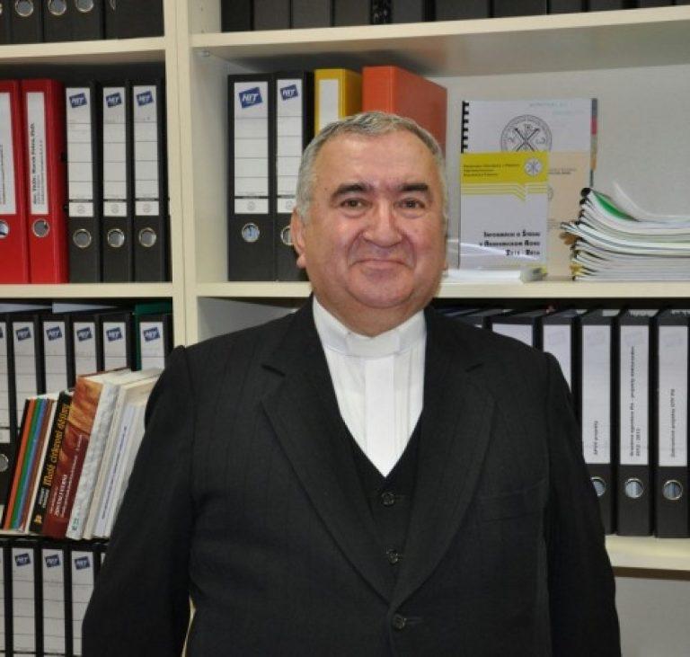 gréckokatolícky kňaz a vysokoškolský pedagóg, prof. Vojtech Boháč st.