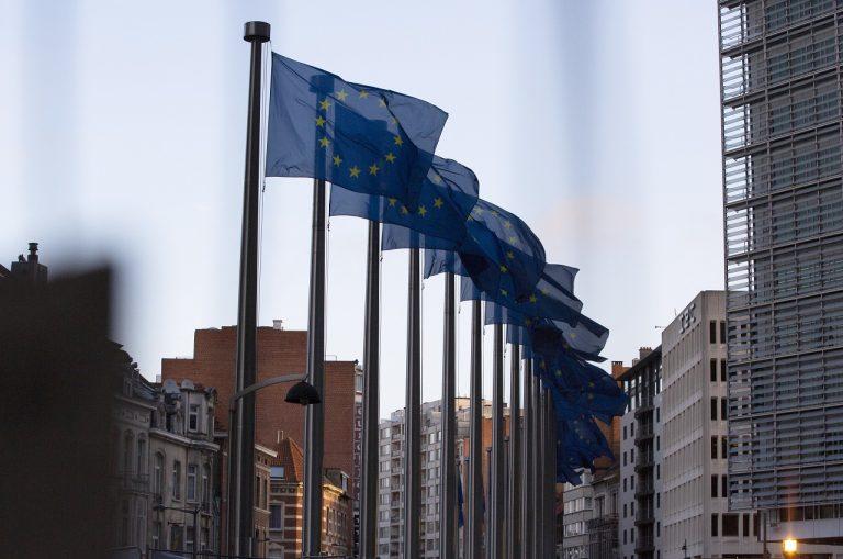 sídlo EÚ vlajky