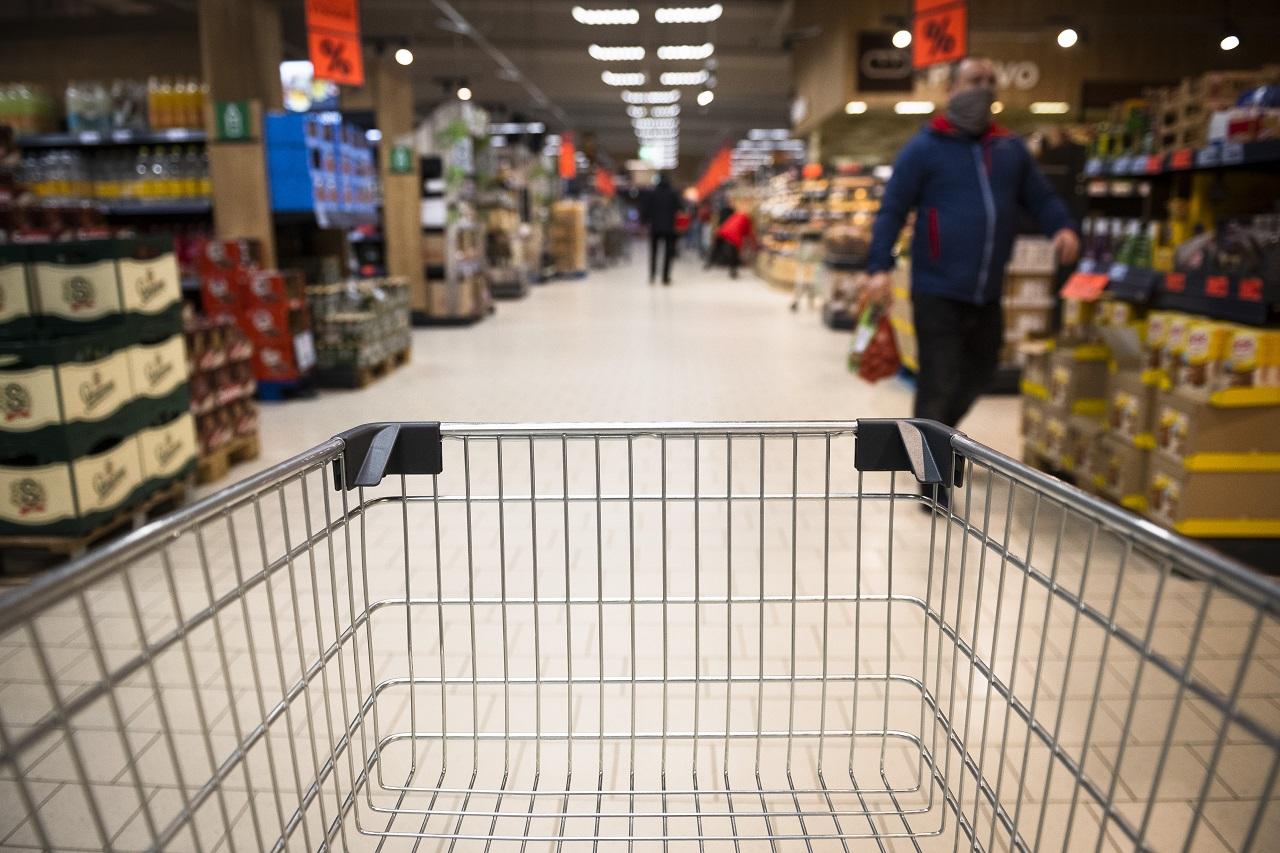 lockdown opatrenia nákupy potraviny