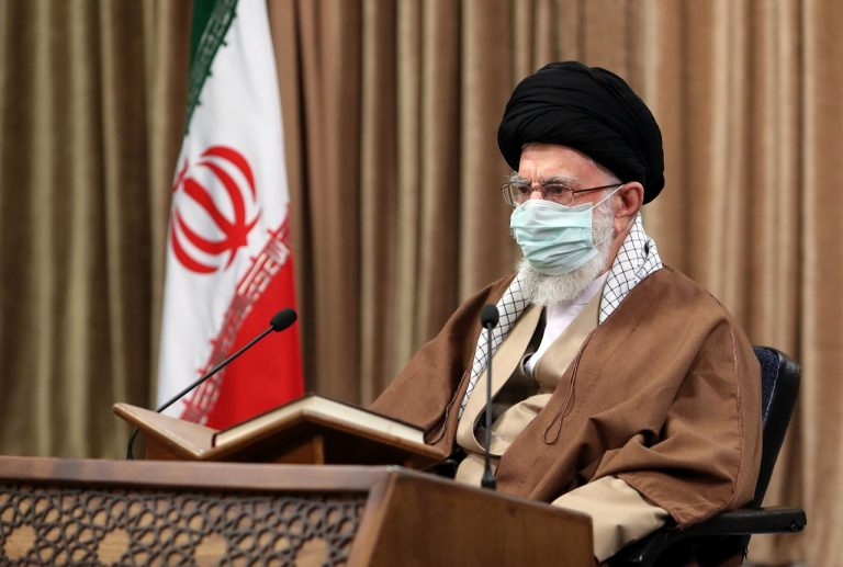 Najvyšší duchovný vodca Iránu ajatolláh Alí Chameneí