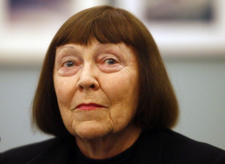 June Newtonová
