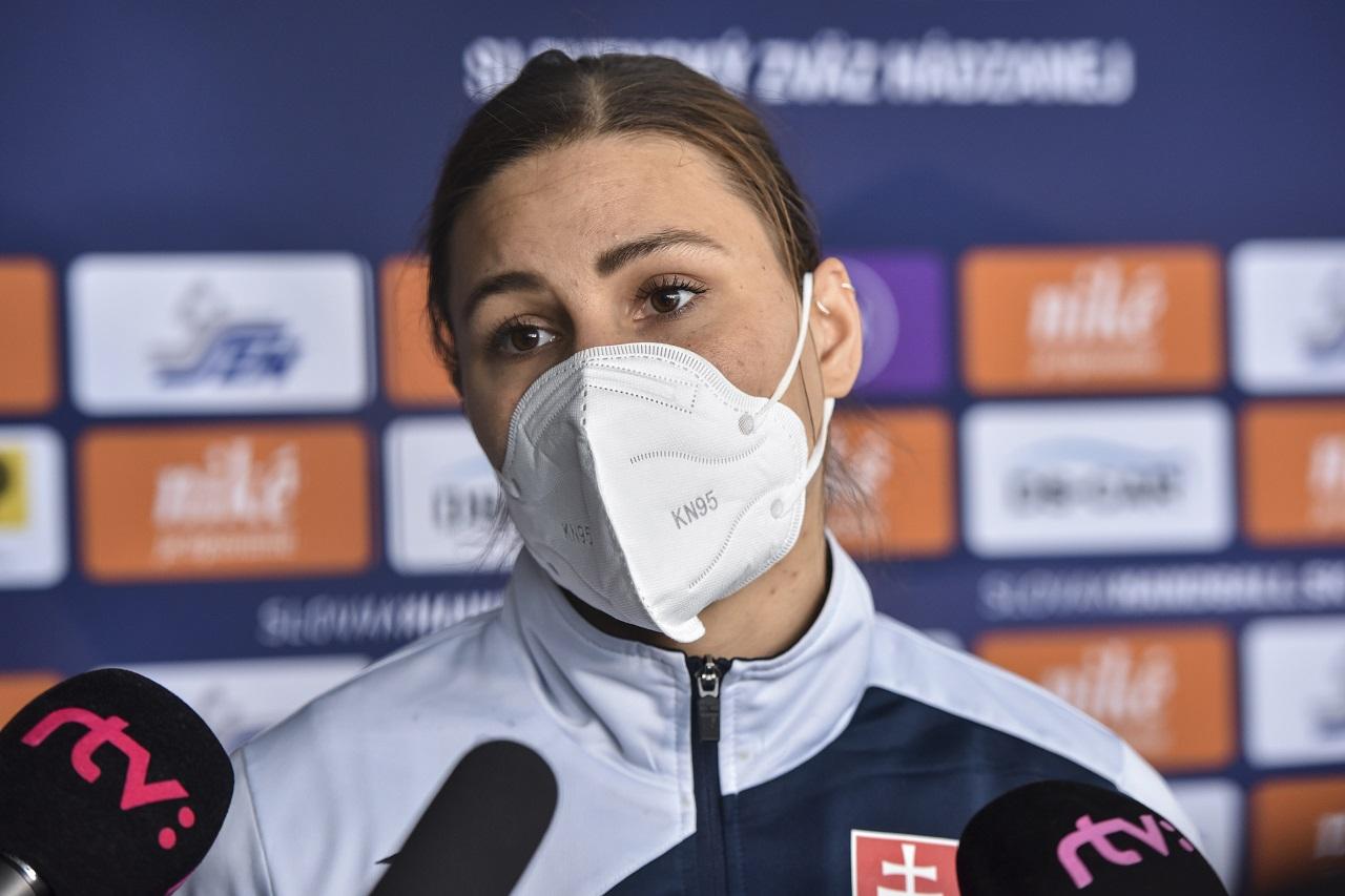 Karin Bujnochová